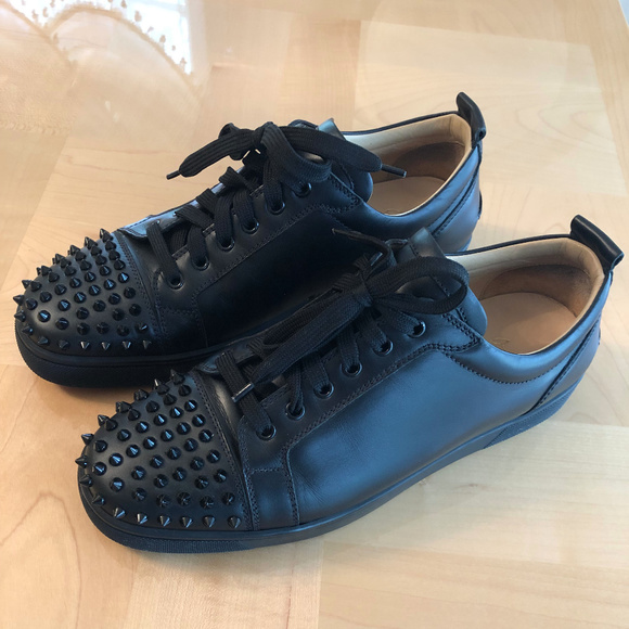 sports shoes b228c 6b138 Christian Louboutin Louis Junior Flat Jr Spikes